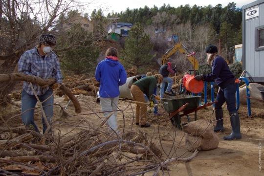 Jamestown_Flood_Volunteers (2)